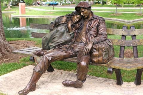 Заказать бронзовую статуэтку любовники ручная работа на улице в искусстве