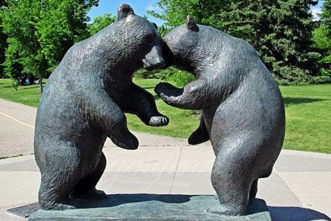 Статуэтка из бронзы бой медведей меди в искусстве для декорации