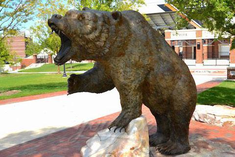 Храбрая скульптура ревущего медведя из меди в искусстве для продажи