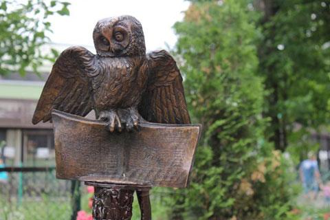 Эксклюзивная скульптура совы из бронзы в искусстве
