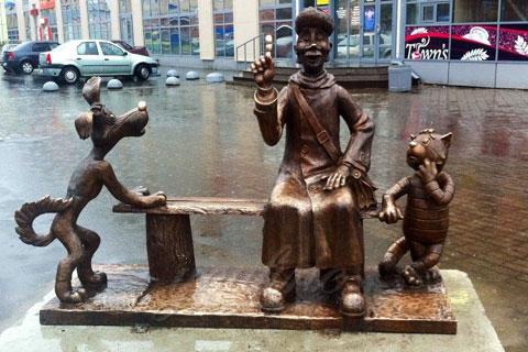 Скульптура декоративно животных с изображением человека в искусстве из бронзы
