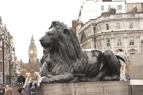 Бронзовый лев на улице для продажи