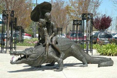 Заказать бронзовую статуэтку детей ручная работа на улице в искусстве