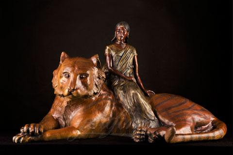 Под заказать скульптура женщины с тигром из бронзы в скульптуре древней греции