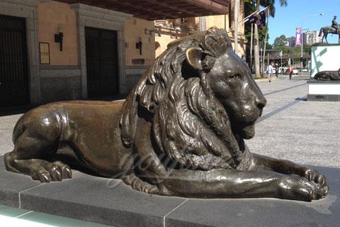 Садовые скульптуры львы из бронзы