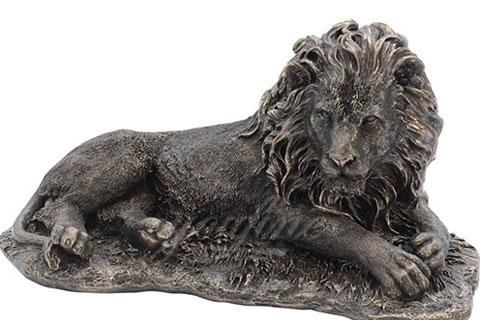 Скульптура Лежа со львами на улице для декора