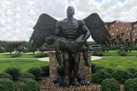 Скульптура мужчины ангела купить в риме скульптуры