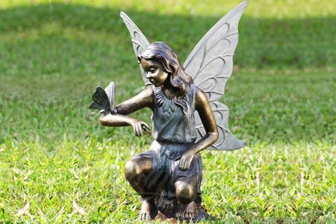 Уличная скульптура ангела в искусстве для декора