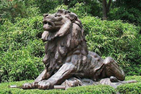 Уличные бронзовые львы для декора