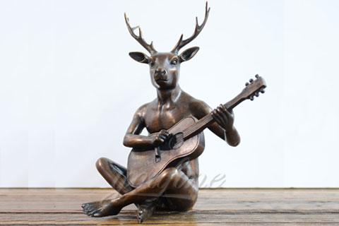 Cкульптура оленя для парка