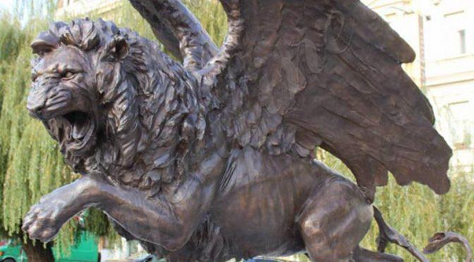 Большой бронзовый крылатый зверь Лев статуя на продажу