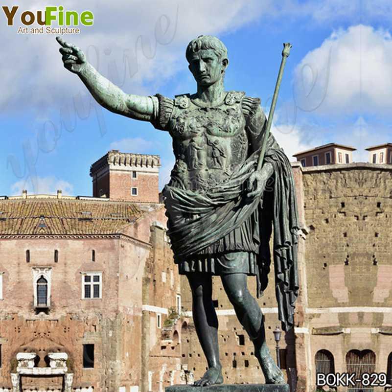 статуи императора Августа