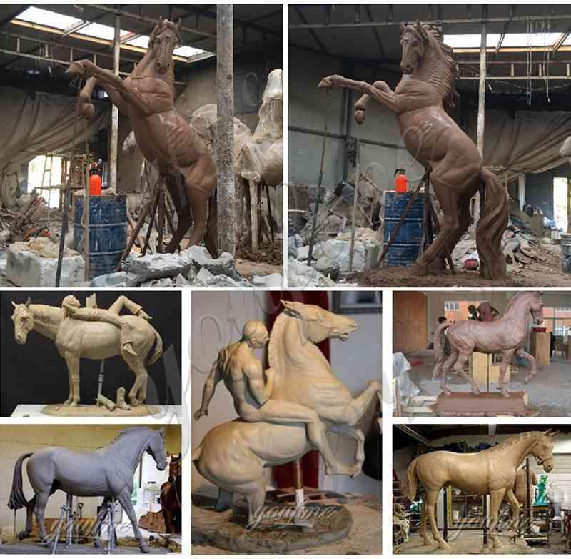 бронзовая статуя пасущейся лошади в натуральную величину
