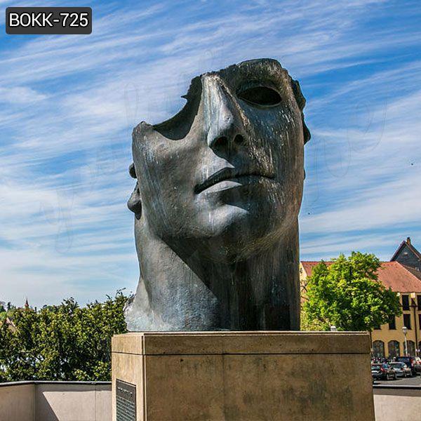 Продается современная большая бронзовая скульптура лица Игоря Миторая BOKK-725