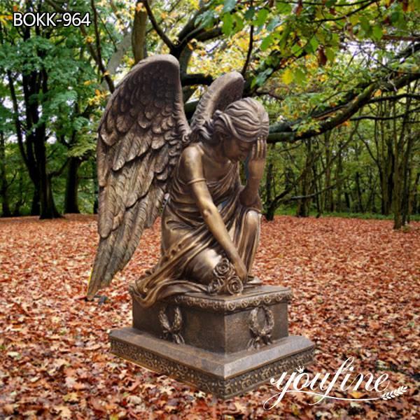 Изготовленная на заказ бронзовая статуя Ангела в натуральную величину На коленях для продажи